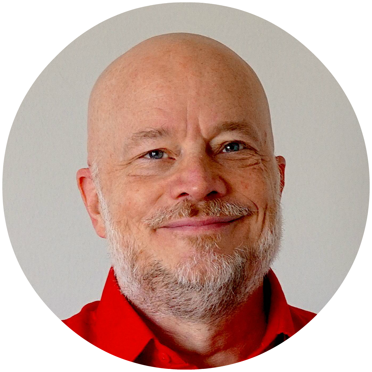 Jason Barnard close up photo in red t-shirt